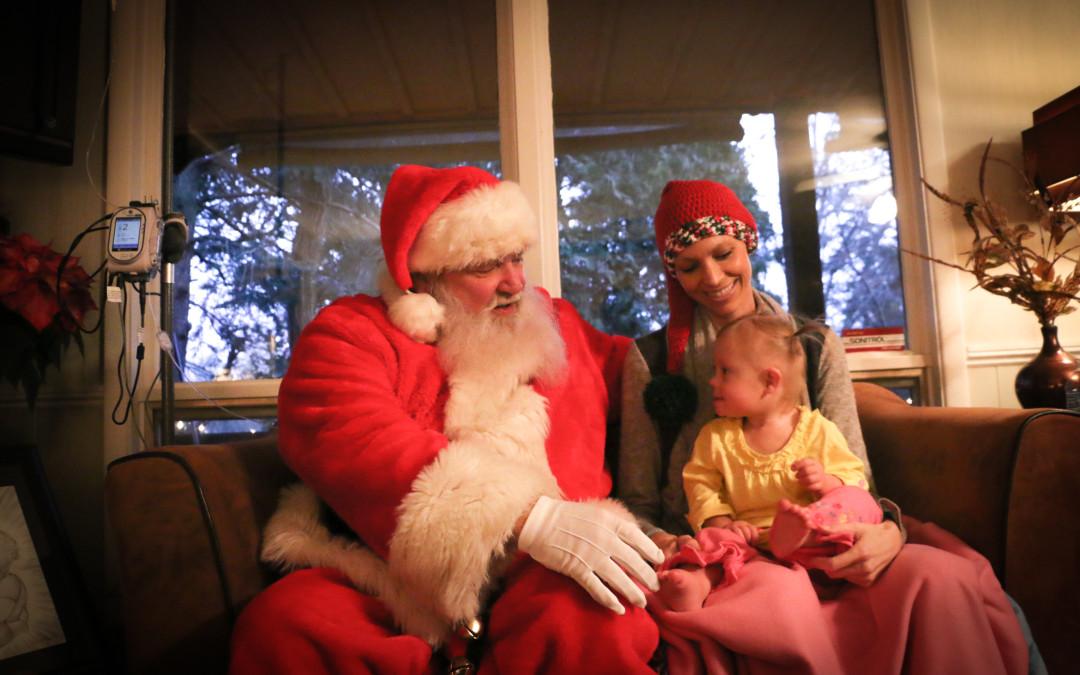 Joey Feeks visit from Santa